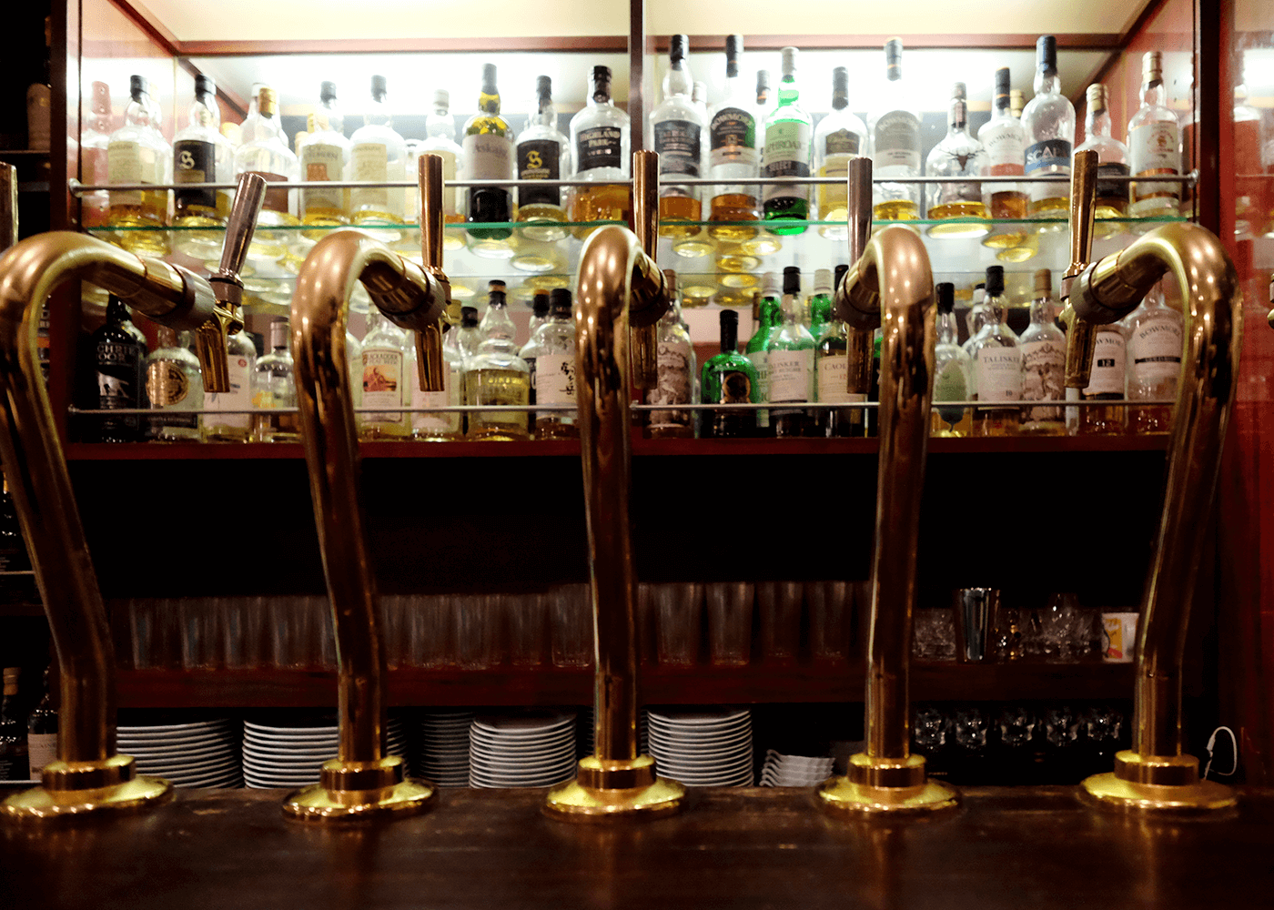Craft Beer Bar(クラフトビアバー)